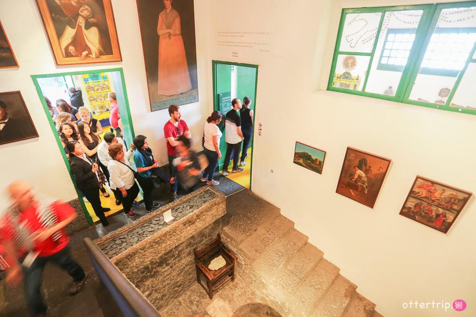 墨西哥城必去景點-芙烈達卡蘿博物館 可可夜總會重要角色 比索上的傳奇女性