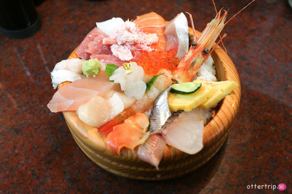 【日本北陸】金澤近江町市場品嘗金箔海鮮丼