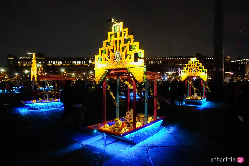 [墨西哥城]憲法廣場(The Zócalo)的亡靈節