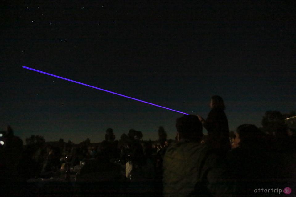 「澳洲北領地」烏魯魯的原野星光藝術裝置展及星光晚宴Field of Light&dinner