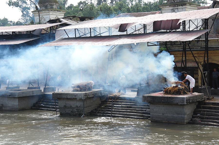 【尼泊爾加德滿都】在一輩子都忘不了的Pashupatinath火葬場改變人生觀