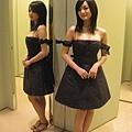 不過..其實我還滿喜歡這件洋裝的耶