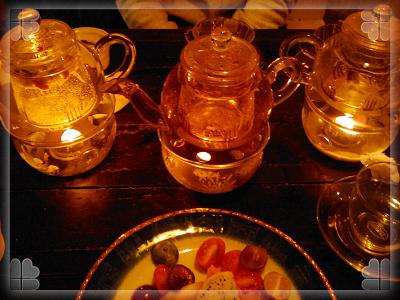 餐後飲料我們都點熱花茶三種上的都不一樣且可回沖.jpg