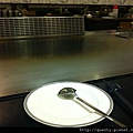 較一般平價鐵板燒精美的餐具