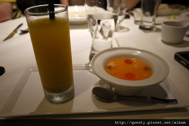 義式雙色奶酪 + 黃金百香果粒汁