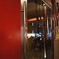 咖啡館門口.JPG