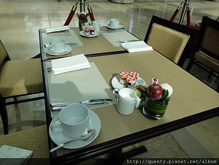 今日早餐桌