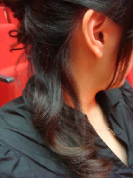 今天的髮型(右邊)