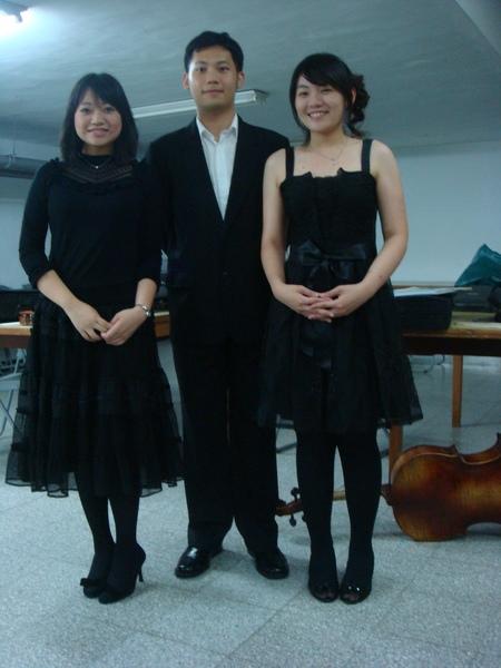 姜姜, 冠廷&me