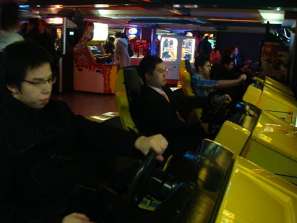 Hon & John Racing~