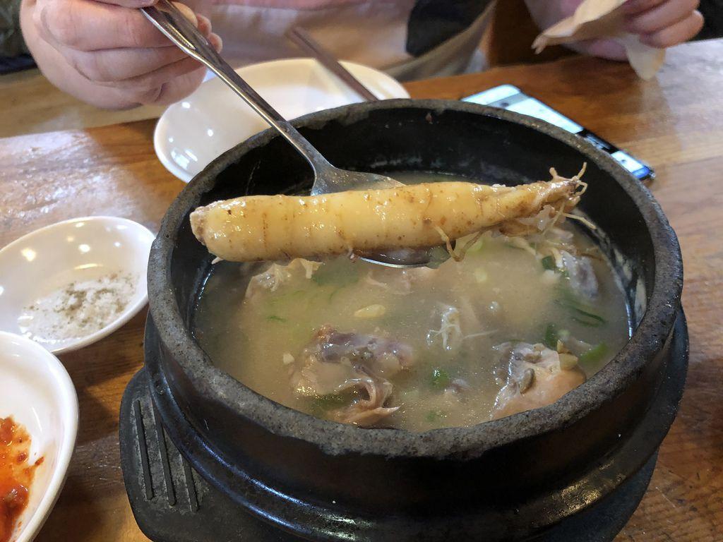 土俗村蔘雞湯토속촌삼계탕_6.JPG