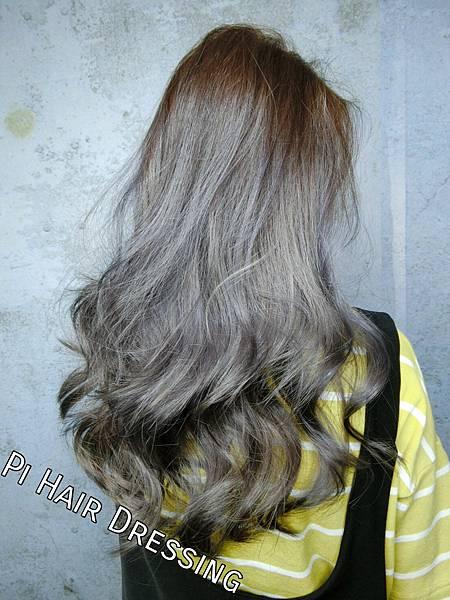 染髮,babylight,漸層染,手刷染,特殊色,灰色,漂髮,老奶奶灰,銀灰色