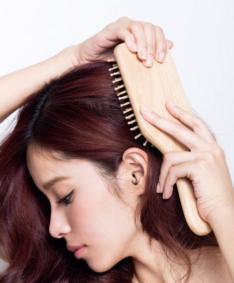 hair brush_2014.08.12 (9).jpg