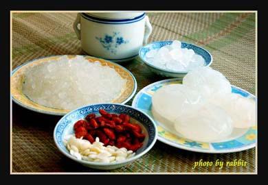 雪蛤海底椰糖水