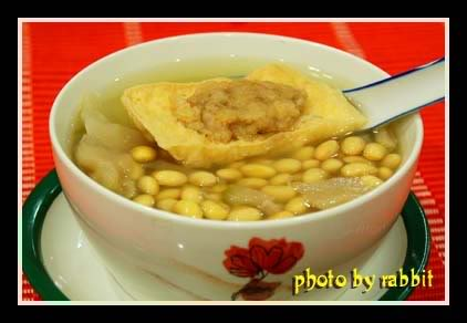 黄豆豆腐汤