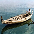 看图说画(14) : 清湖洌影泛轻舟