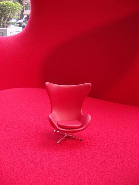 真假設計師椅比一比(2008-3-16)-7.jpg