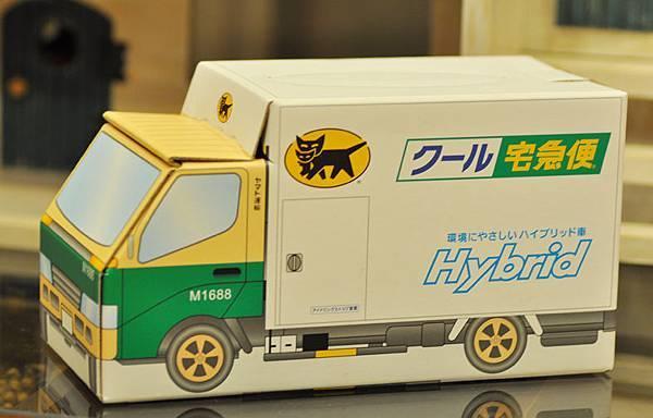 黑貓禮盒車1.jpg
