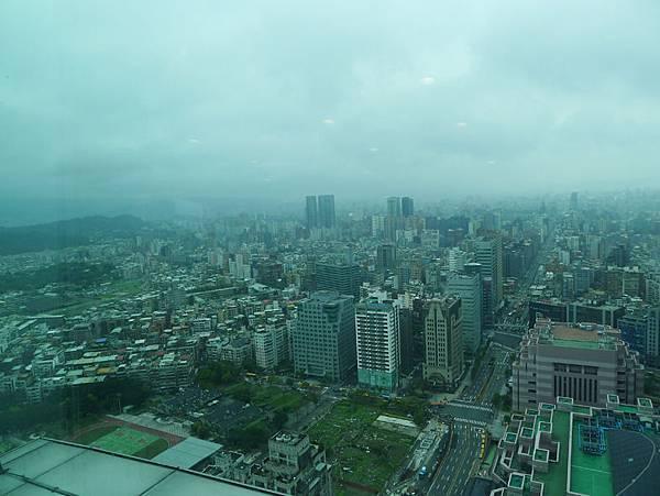 台北101-35F窗景4