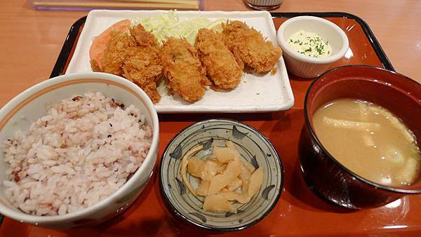 炸牡蠣定食