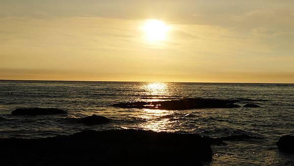 富基漁港海邊