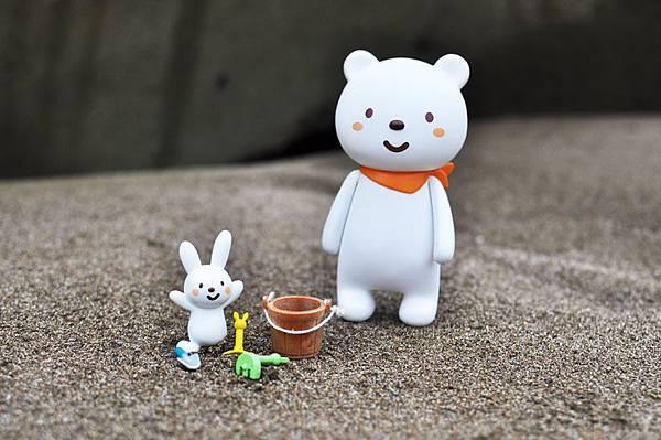 普通熊與搗蛋兔1.jpg