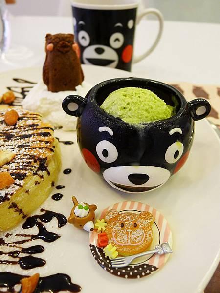 KUMA CAFE-17.jpg