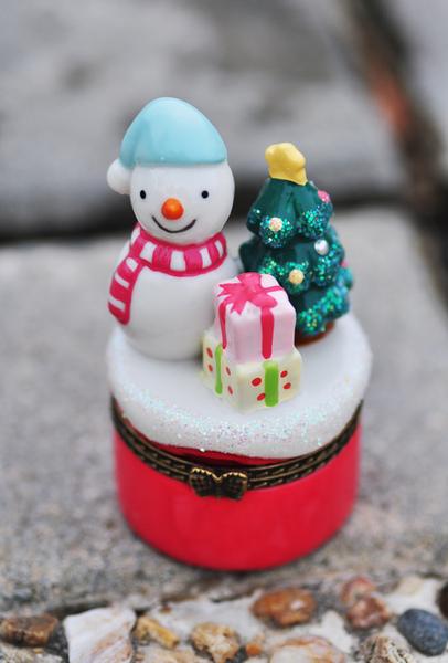 snowman-box.jpg