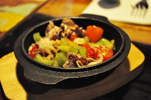 華山義麵坊-蒜味小章魚.jpg