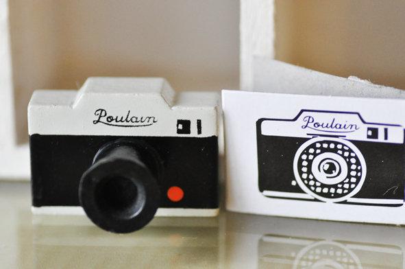 camera stamp-gy.jpg