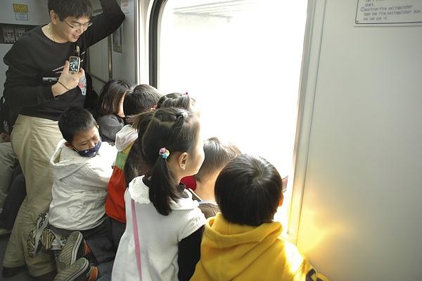 2010.03.27鶯歌之旅-004.jpg