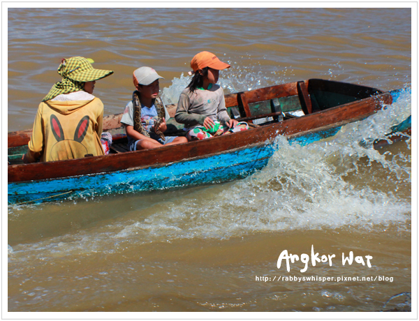 柬埔寨吳哥窟洞里薩湖