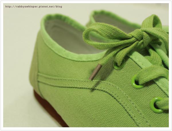 淘寶真皮拼接帆布鞋