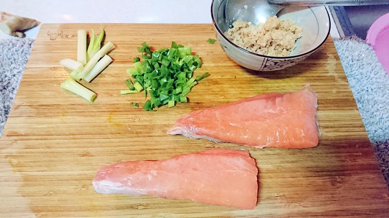 晚餐-鮭魚位曾湯1.JPG