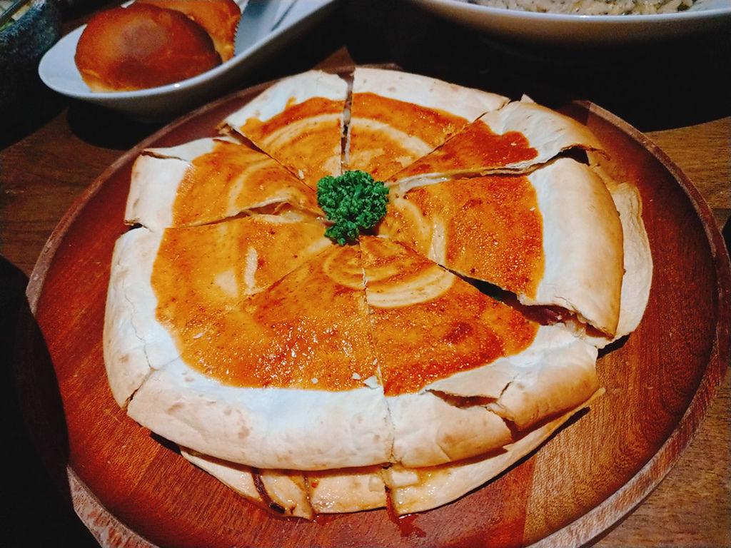 13烤鴨薄餅.jpg
