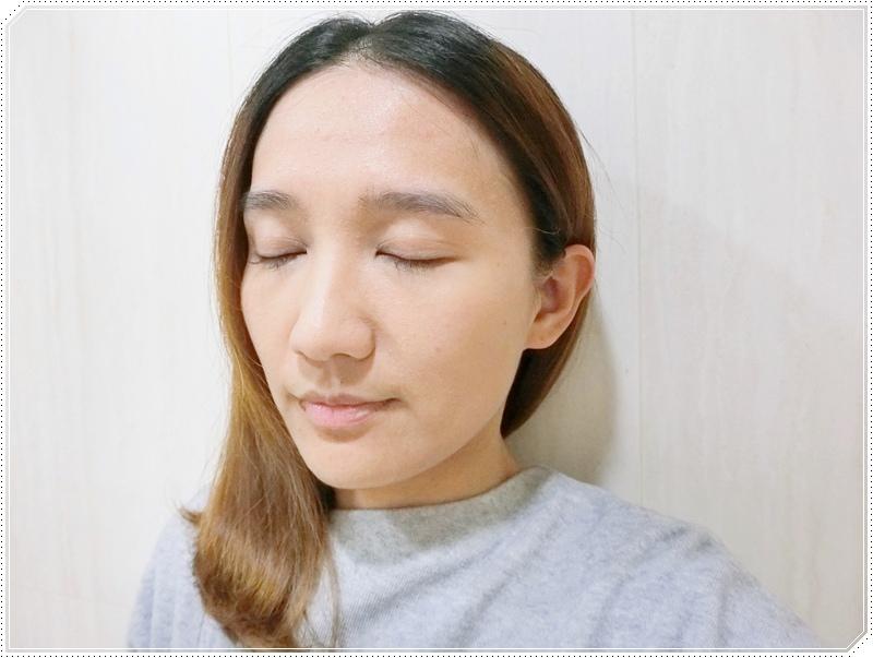MKUP 獨角獸雪絨花無瑕粉餅15.JPG
