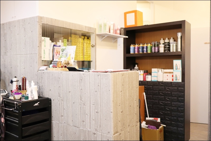 YA Hair Salon1.JPG