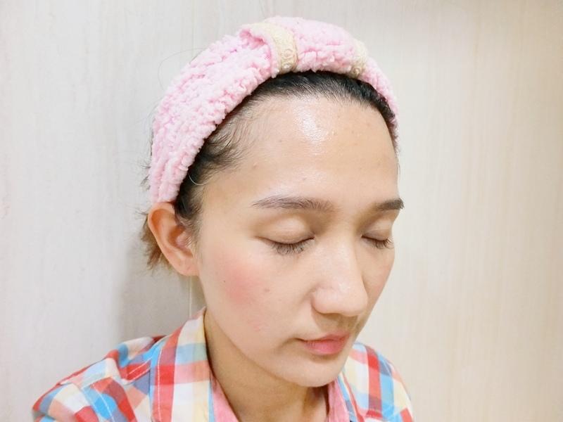 吃妝怪獸 溶妝瞬淨感應洗卸泡泡12.JPG