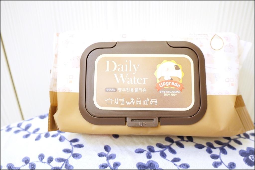 Daily Water濕紙巾IMG_3787.JPG