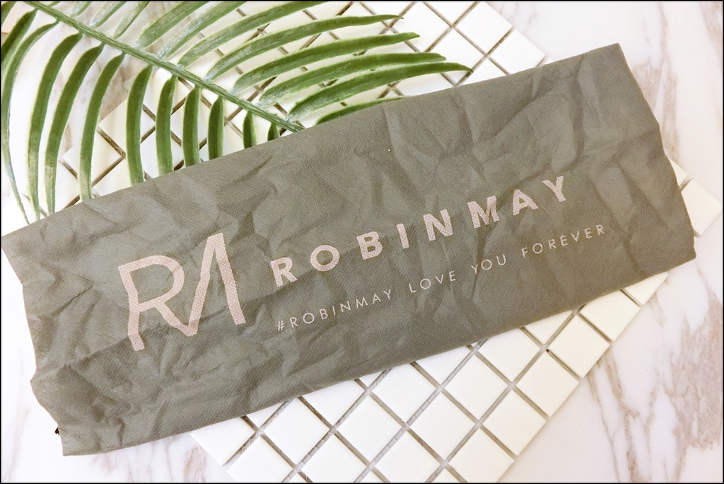 ROBINMAY3.JPG
