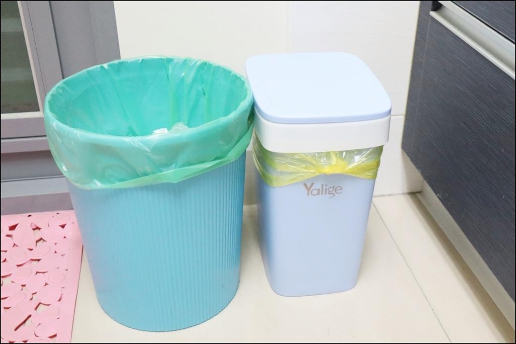 自動抽換袋式懶人彈壓垃圾桶3.JPG