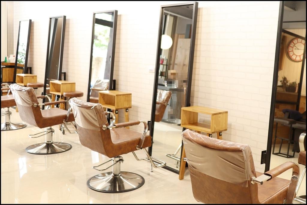 MUMU Hair salon3.JPG