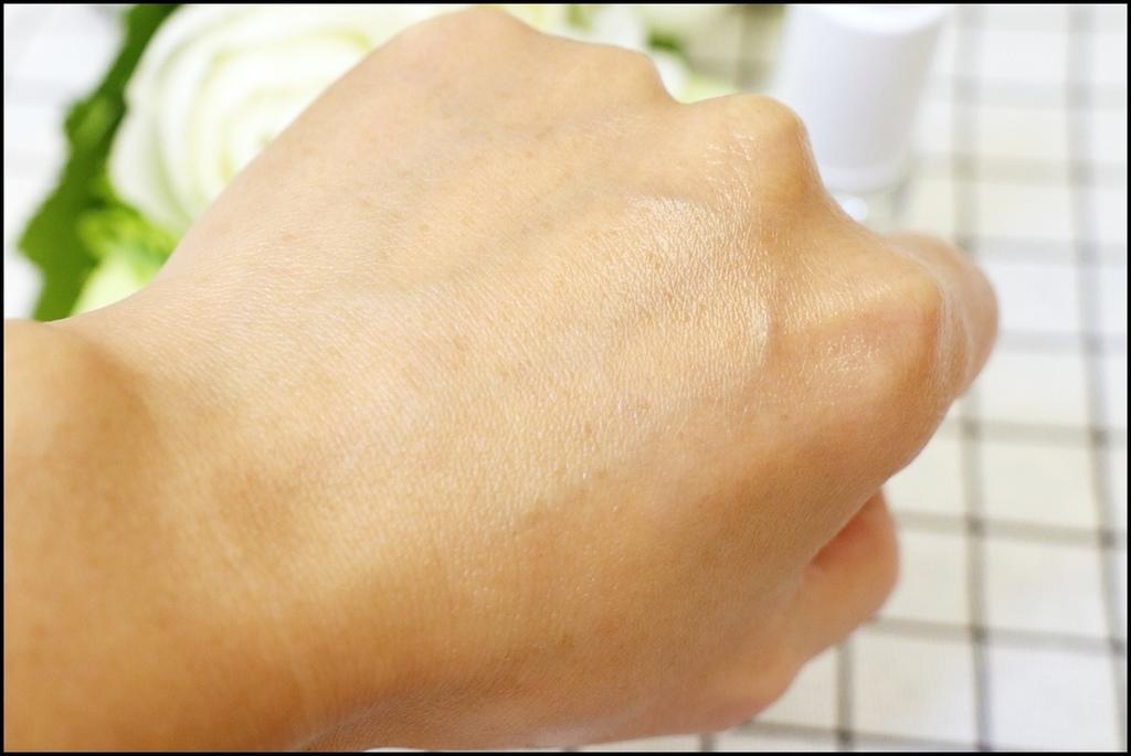 SQUER-日本角鯊全能精純液 %26;精華美膚皂9.JPG