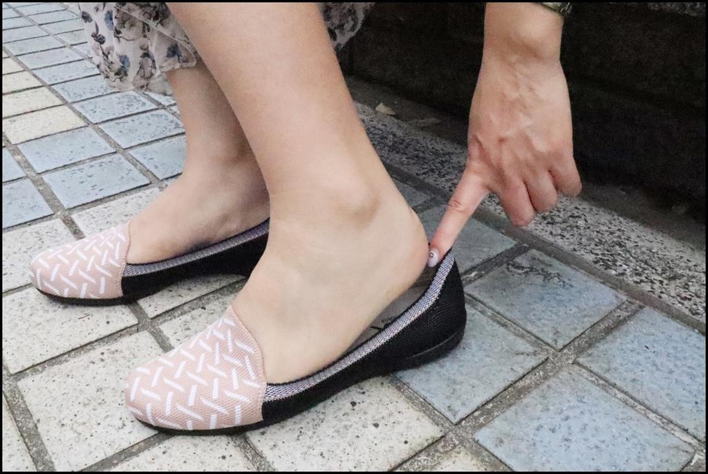 inooknit ~ 巢紋點綴樂福鞋9.JPG