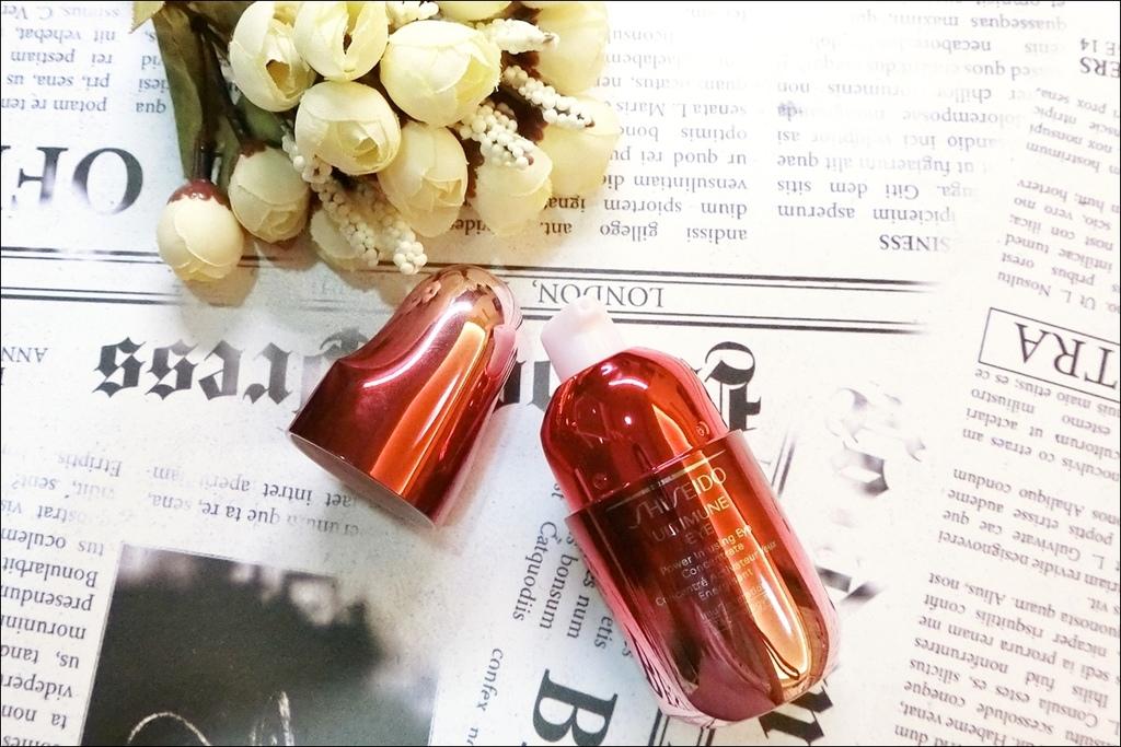 資生堂小紅瓶15.JPG