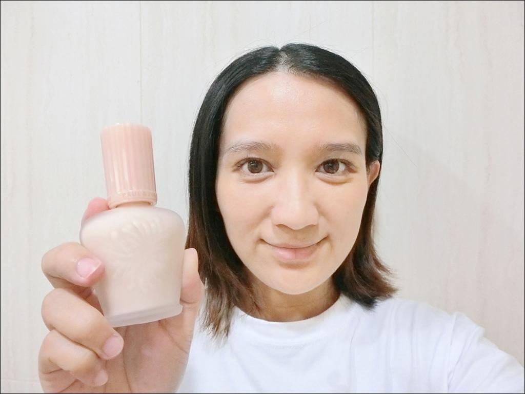 PAUL %26; JOE - 小香檳 糖瓷絲潤隔離乳13.JPG