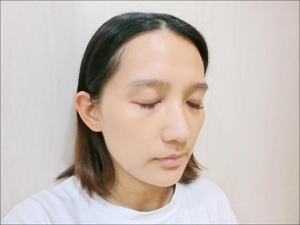 PAUL %26; JOE - 小香檳 糖瓷絲潤隔離乳9.JPG