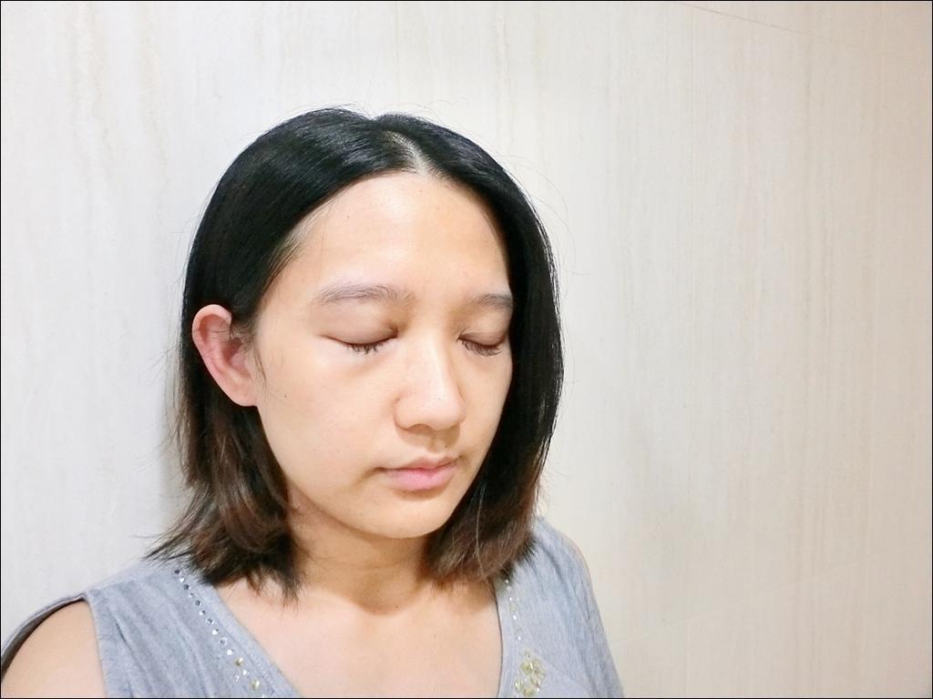 蘭芝睡美人肌極修護水凝膜CIMG8302.JPG