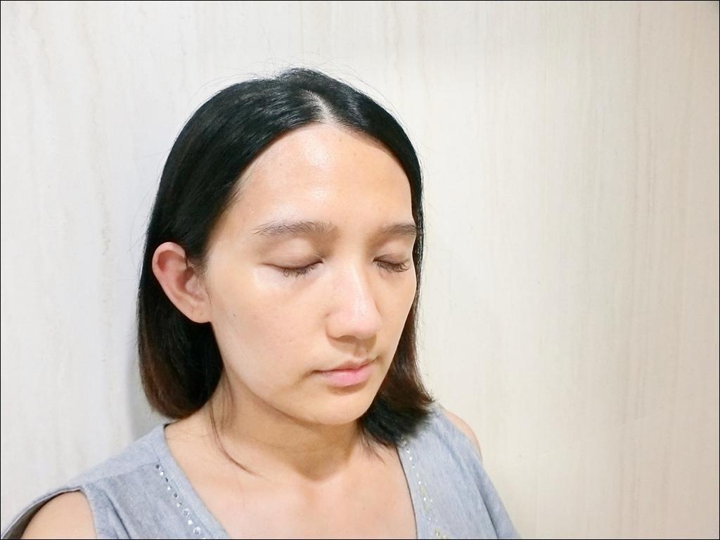 蘭芝睡美人肌極修護水凝膜CIMG8300.JPG