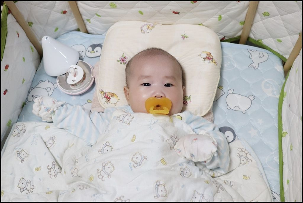 Horizon 天際線 - 嬰兒奶嘴UV滅菌器4-1.JPG